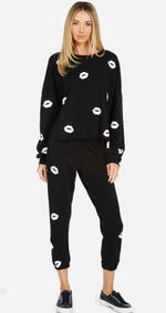 Load image into Gallery viewer, Alana Mini Kisses Crop Sweatpant