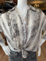 Load image into Gallery viewer, Python Button Front Button Up Blouse