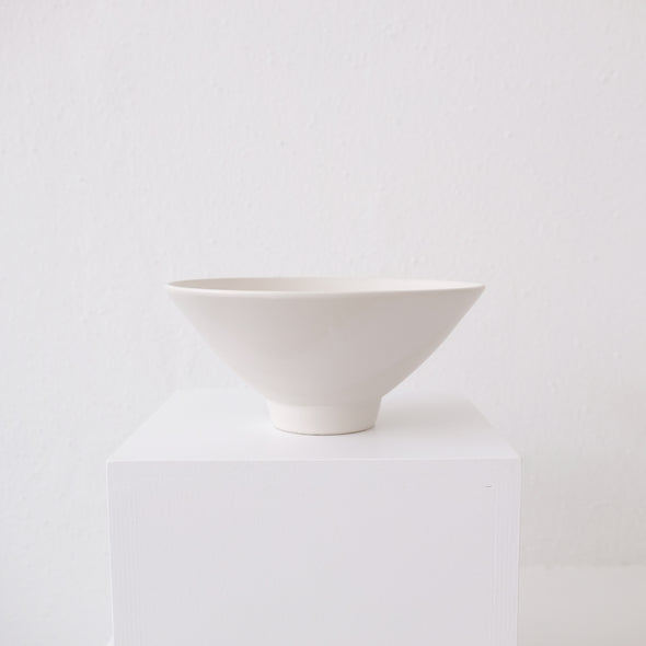 Mimi Y Roberto Footed Serving Bowl