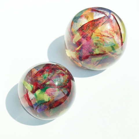 Sustainable Plant Based Eco-Resin Sphere Paperweight - Sari Confetti