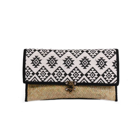 Diamond Rattan Clutch