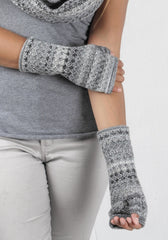 Alpaca Printed Fingerless Gloves
