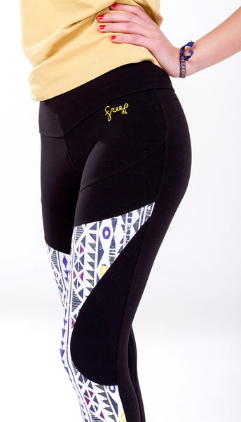 Amazing leggings for Yoga or Workout with a secret pocket, design by Free Flying Fish . Yoga Clothes, Printed Leggings, Print Leggings, Yoga Pants, Yoga for Women, Active Clothing, Women Workout, Workout for Women, Free Flying Fish, Fly Wear, best leggings, activewear