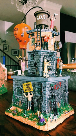 Lemax Spooky Town Zombie Fortress