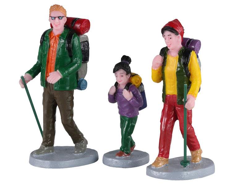Lemax 02936 Family Trek, Set of 3, Figurine- Gift Spice