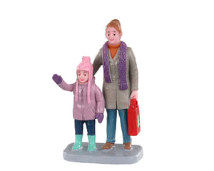Lemax 02959 Christmas Market Shoppers, Figurine- Gift Spice