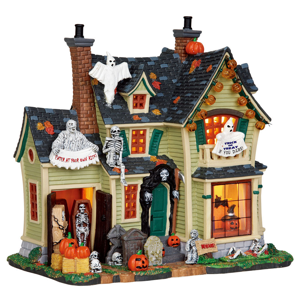 Lemax 25330 Scariest Halloween House, Standard Lighted Building- Gift Spice
