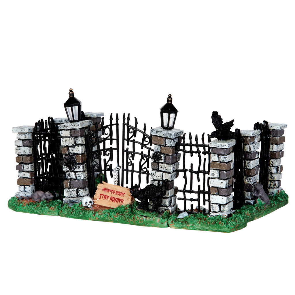 Lemax 34606 Spooky Iron Gate and Fence, set of 5, Table Piece- Gift Spice