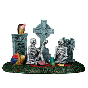 Lemax 63263 Graveyard Picnic, Table Piece- Gift Spice