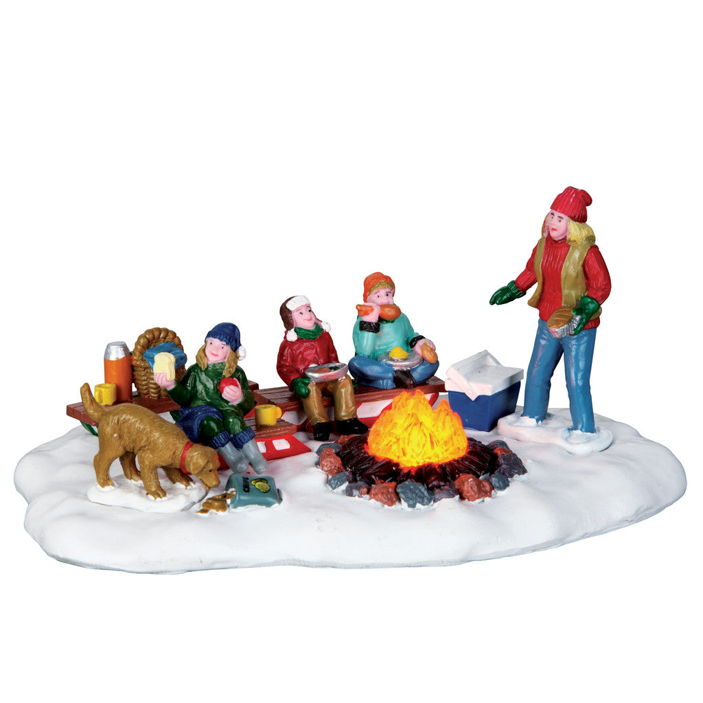 Lemax 64085 Sledding Potluck, Table Piece- Gift Spice