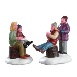 Lemax 72524 Quality Time with Mom, Figurine- Gift Spice