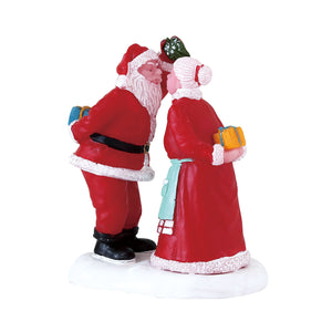 Lemax 72550 Under the Mistletoe, Figurine- Gift Spice
