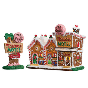 Lemax 75180 The Pink Macaroon Motel, Set of 2, Standard Lighted Building- Gift Spice