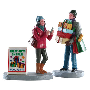 Lemax 82584 Shopping Teamwork Set Of 2, Figurine- Gift Spice