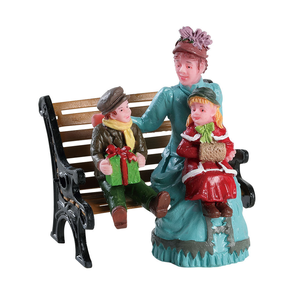 Lemax 82606 Sitting Together, Figurine- Gift Spice