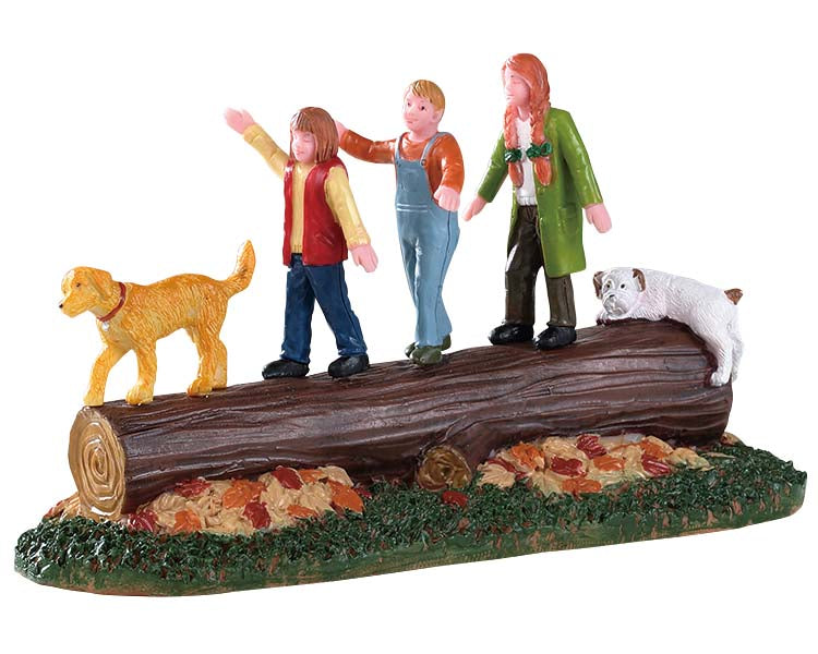 Lemax 93446 Forest Procession, Table Piece- Gift Spice