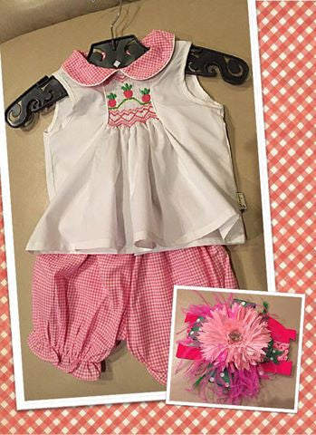 Girls Smocked Strawberries Shorts Set