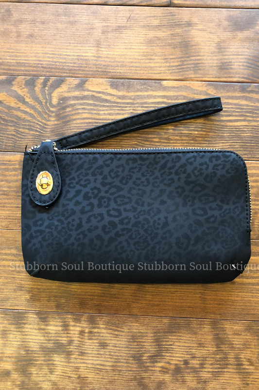 Twist Lock Wristlet/Crossbody - Black Cheetah Stubborn Soul Boutique