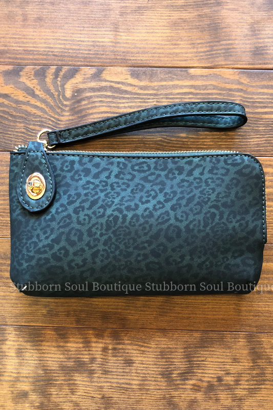 Twist Lock Wristlet/Crossbody - Green Cheetah Stubborn Soul Boutique