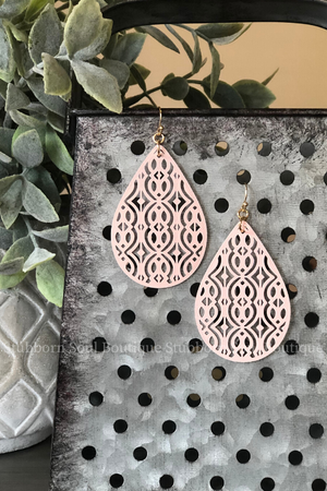 Metal Filigree Teardrop Earrings in Light Pink