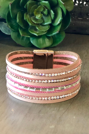So Many Ways to Sparkle Leather Bracelet in Light Pink