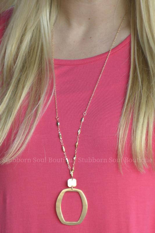 Metal Pendant Necklace - Gold