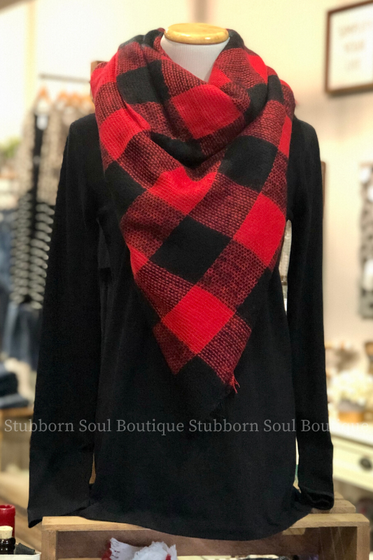 Cozy Feeling Blanket Scarf Black & Red