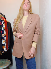 Load image into Gallery viewer, VINTAGE CAMEL BLAZER