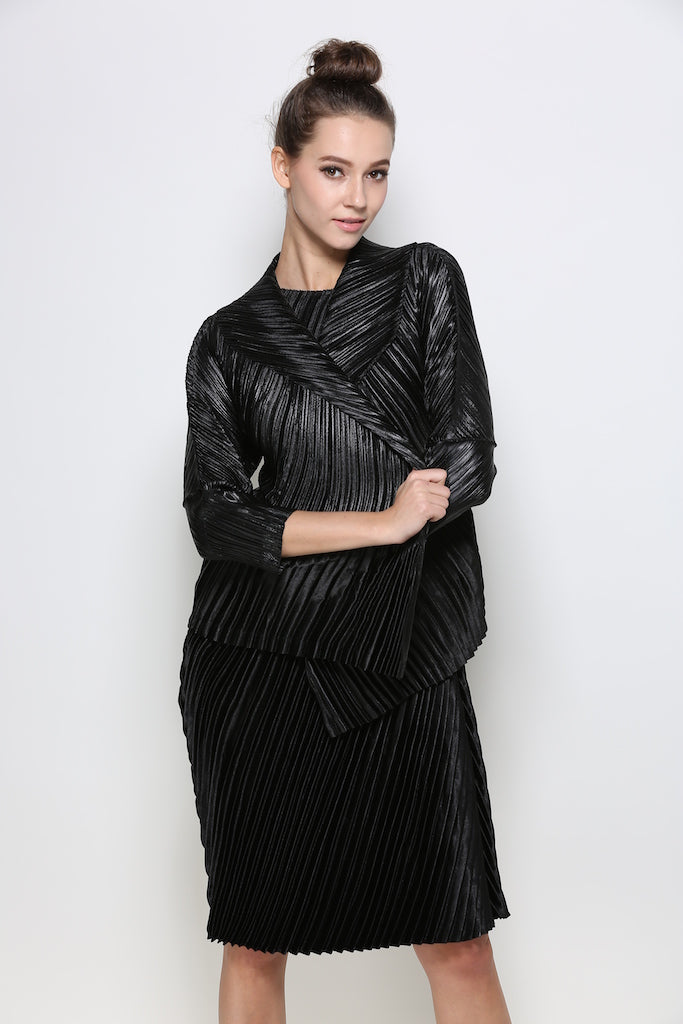 Thick Pleated Satin Blend Coat