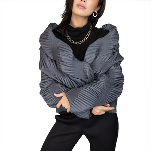 Pleated 3D sculptured jacket