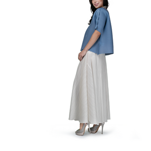 Pleated midi swing skirt
