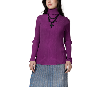 Pleated hight-neck top