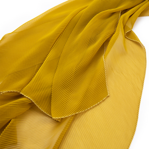 Pleated Spring scarf