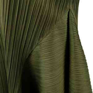A shape pleated draping dress