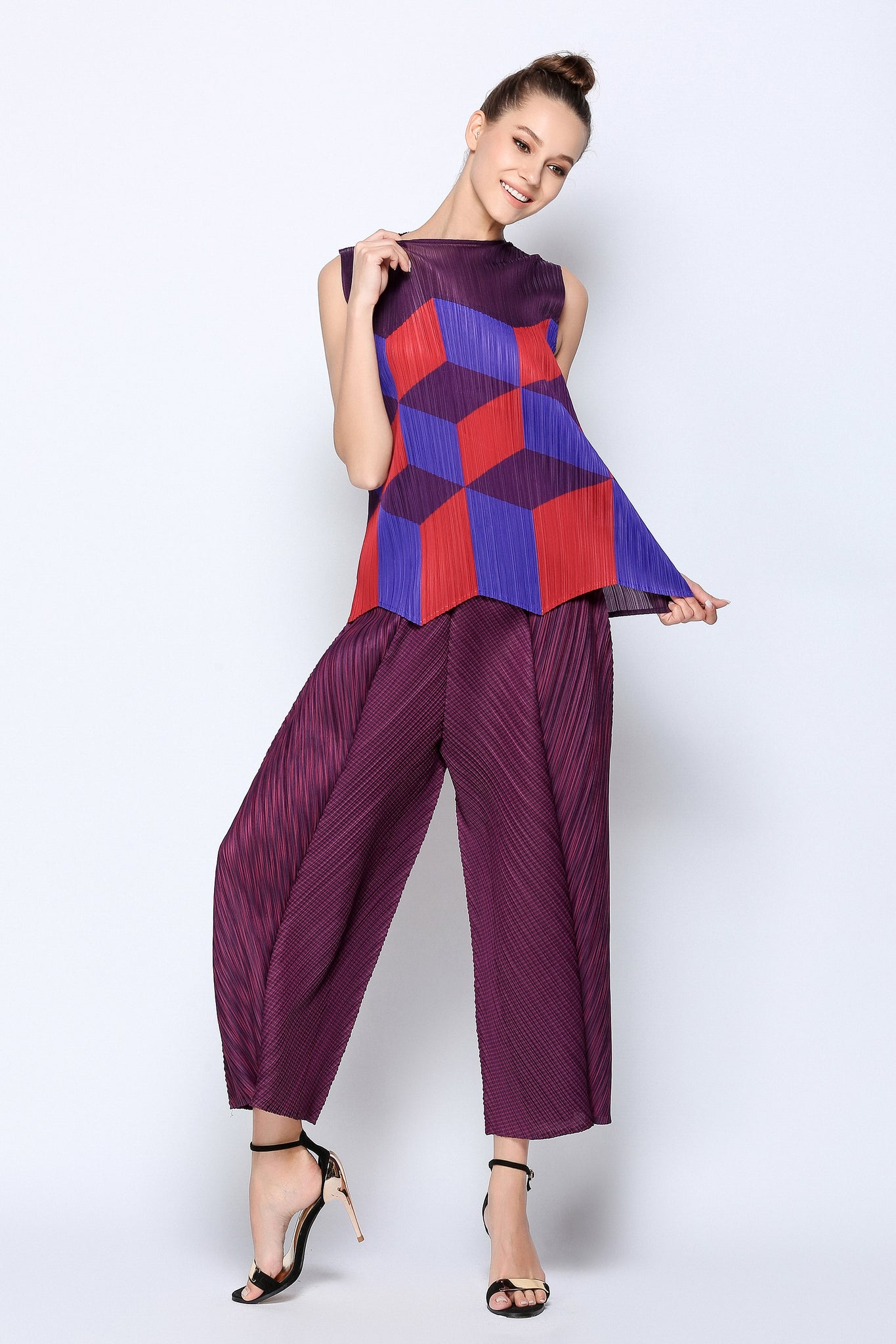 Thick Pleated Trouser