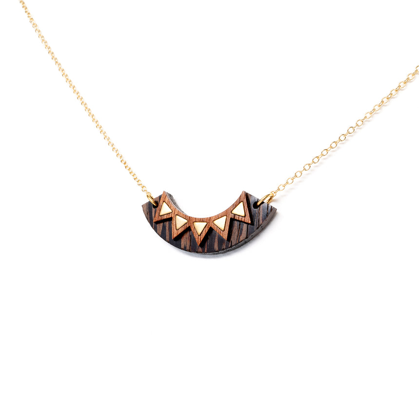 Chevon Arc Necklace [Wenge]