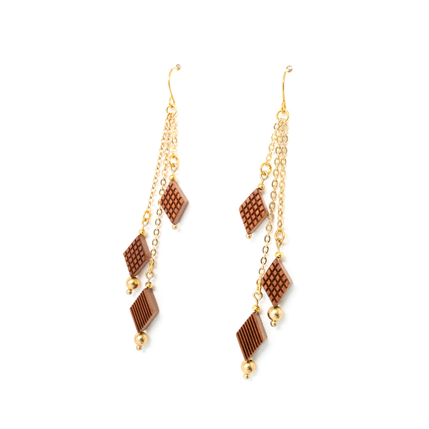 Diamond Shaped Fringe Earrings [Cherry]