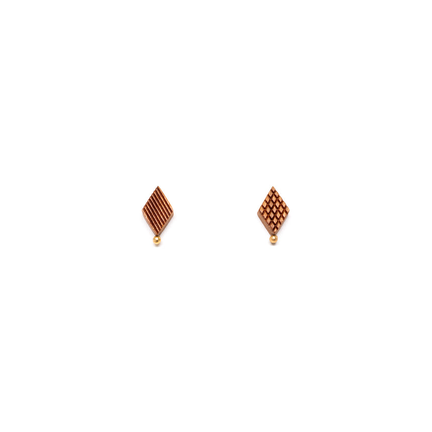 Diamond Shaped Studs [Cherry]