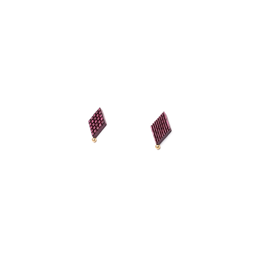 Diamond Shaped Studs [Purpleheart]