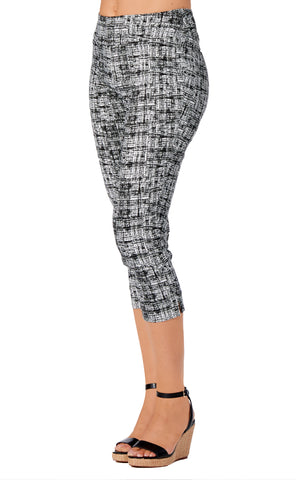 Capri - 4326 - Graphic Printed Slimming Waistband Capri