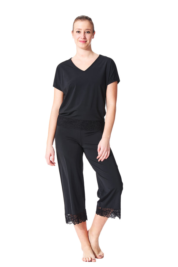 Elle Loungewear Capri With Lace Detail