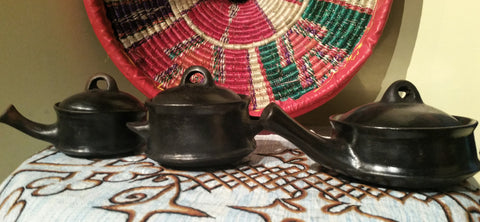 Traditional Shiro Cooking Pot