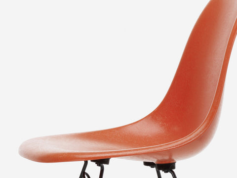 Side view of the organic form of the Eames fibreglass chair
