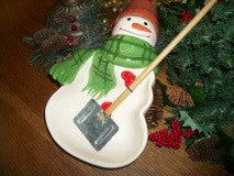 Ceramic Snowman Bowl with Serving Shovel Max Mitford Hallmark Christmas Tableware