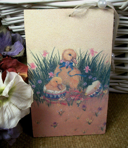 Springtime Easter Wall Hanging Yellow Mother Duck and Baby Duckling Colorful Glittery Home Decor