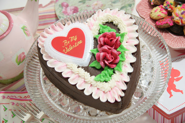Heart Fudge Cake - Reinwald's Bakery