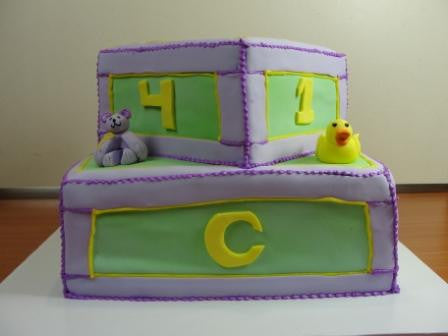 Blocks & Animals Cake (TB9) - Reinwald's Bakery - 1