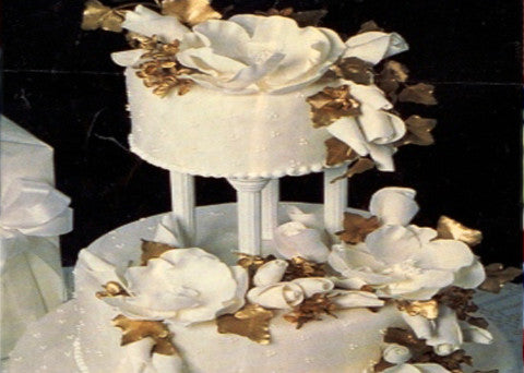 Wedding Cake 16 - Reinwald's Bakery
