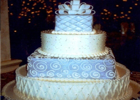 Wedding Cake 17 - Reinwald's Bakery