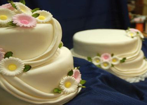 Wedding Cake 8 - Reinwald's Bakery